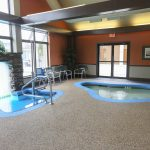 Merry Manor Inn Hot Tub And Pool Entrance